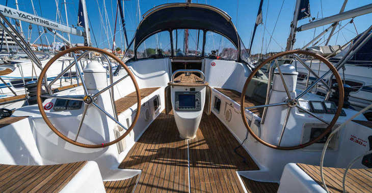 Rent a sailboat in Marina Kornati - Sun Odyssey 42 i