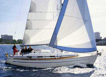 Rent a sailboat in Alimos Marina Kalamaki - Bavaria Cruiser 36