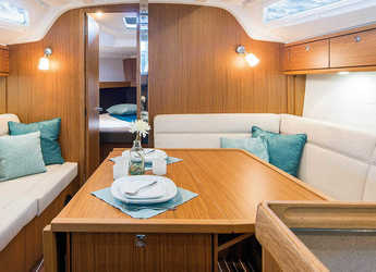 Alquilar velero Bavaria Cruiser 37 en Skiathos , Skiathos