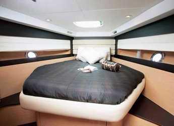 Chartern Sie yacht Monte Carlo 37 in Port Roses, Girona