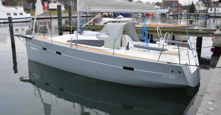 Alquilar velero Viko S 30 en Port Roses, Girona