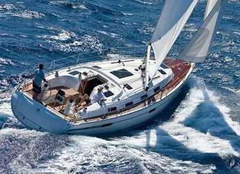 Rent a sailboat in Alimos Marina Kalamaki - Bavaria 40 Cruiser