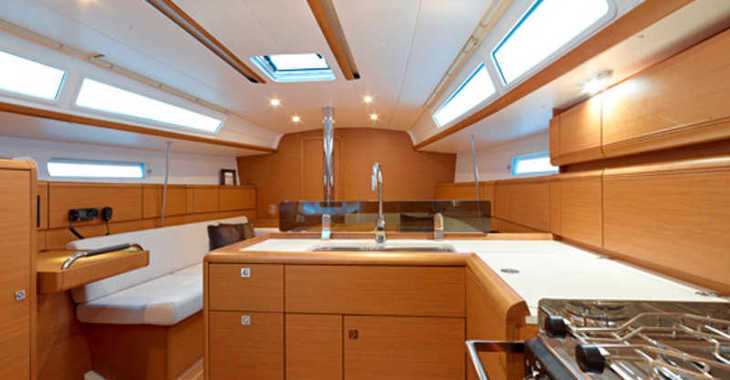 Rent a sailboat in Marina Gouvia - Sun Odyssey 379