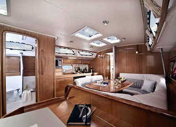 Rent a sailboat Bavaria Cruiser 40 in Sant'Agata di Militello, Italy (Sicily)