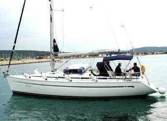 Rent a sailboat in Skiathos  - Bavaria 38 Cruiser/2cbs