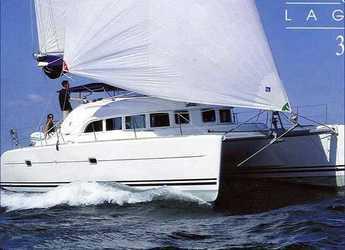 Rent a catamaran in Alimos Marina Kalamaki - Lagoon 380