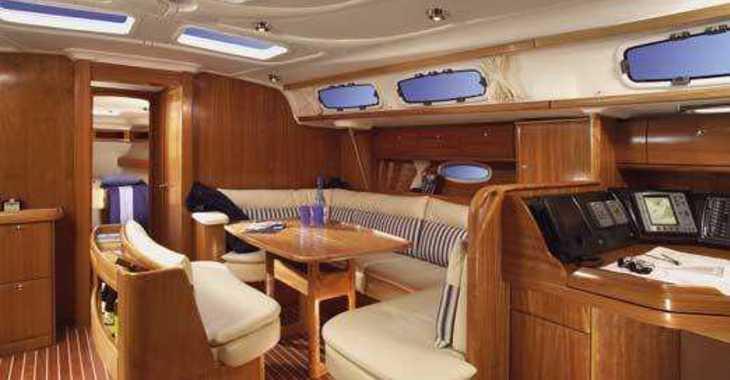 Rent a sailboat in Marina Skiathos  - Bavaria 46 Cruiser
