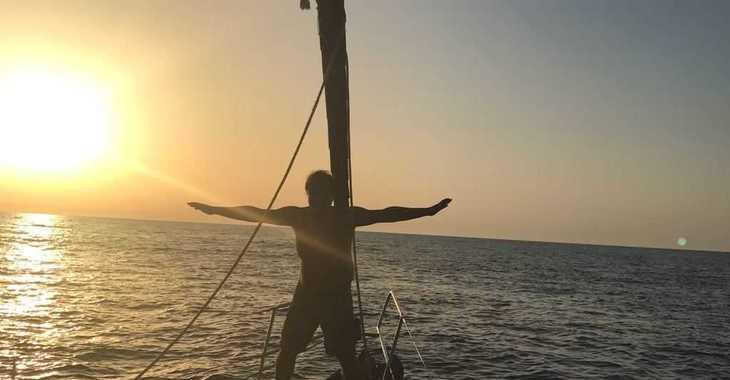 Rent a sailboat in Port Mahon - Bavaria 46