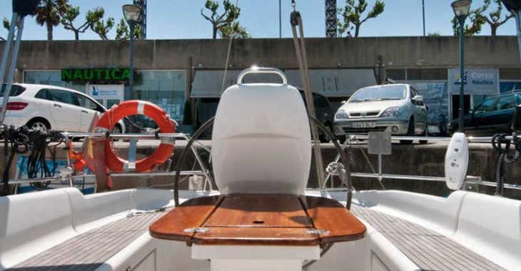 Rent a sailboat in Port Olimpic de Barcelona - Bavaria 37 Cruiser
