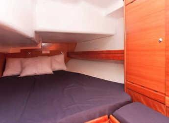 Rent a sailboat Bavaria 37 Cruiser in Port Olimpic de Barcelona, Barcelona City