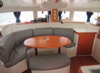 Louer catamaran Lagoon 380 à Marina Cala D' Or, Santanyi