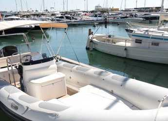 Rent a dinghy in Marina Ibiza - Valiant 750