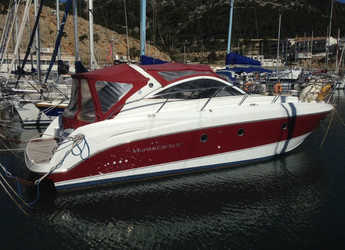 Rent a motorboat Monte Carlo 37 in Club Nautic Cambrils, Cambrils