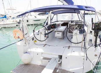 Alquilar velero Oceanis 41 en Cala Nova, Palma de mallorca