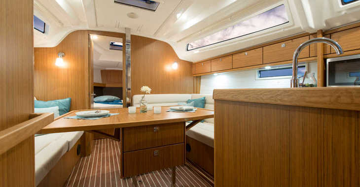 Chartern Sie segelboot in Zaton Marina - Bavaria Cruiser 37