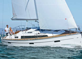 Rent a sailboat in Zaton Marina - Bavaria Cruiser 37