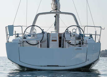 Rent a sailboat Beneteau Oceanis 38.1 in American Yacht Harbor, Red Hook