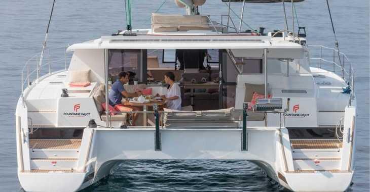 Rent a catamaran in American Yacht Harbor - Helia 44