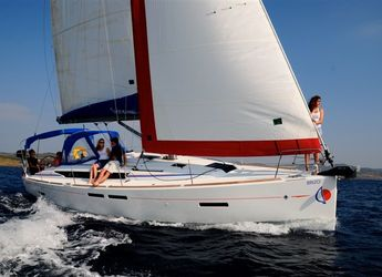 Rent a sailboat in Inner Harbour Marina (Road Town) - Beneteau Ocenanis 41