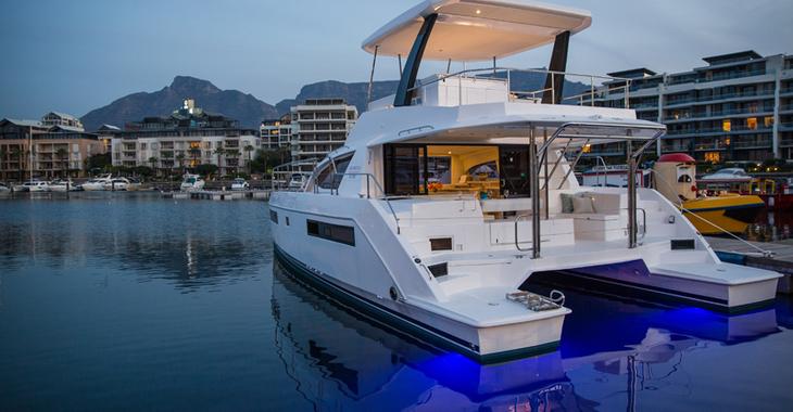Alquilar catamarán a motor Leopard 433 PC en Harbour View Marina, Marsh Harbour