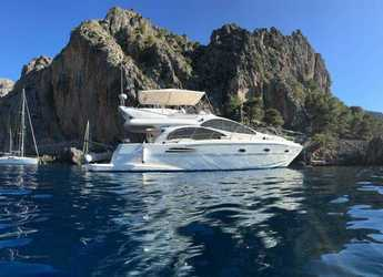 Rent a yacht in Marina Port de Mallorca - Astondoa 43