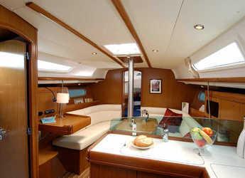 Rent a sailboat in Marina Mandalina - Sun Odyssey 36i