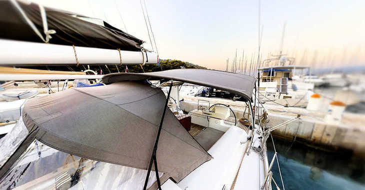Rent a sailboat in Marina Frapa - Dufour 520 Grand Large