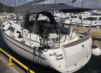 Rent a sailboat in Marina Betina - Bavaria Cruiser 37