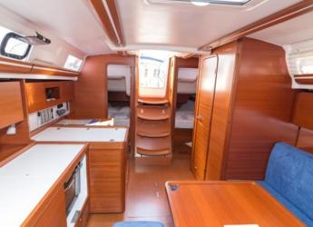 Rent a sailboat Dufour 375 Grande Large in Sa ràpita, Campos