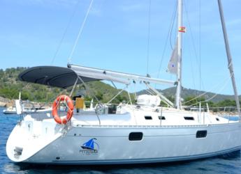 Rent a sailboat in Marina Ibiza - Beneteau Oceanis 351