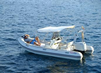 Chartern Sie schlauch-/beiboot Valiant 570 in Marina Botafoch, Ibiza (stadt)