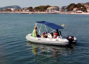 Rent a dinghy in Port of Pollensa - Caribe CL 13