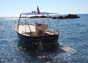 Rent a motorboat in Marina Palamos - Fratelli Aprea 8 Open