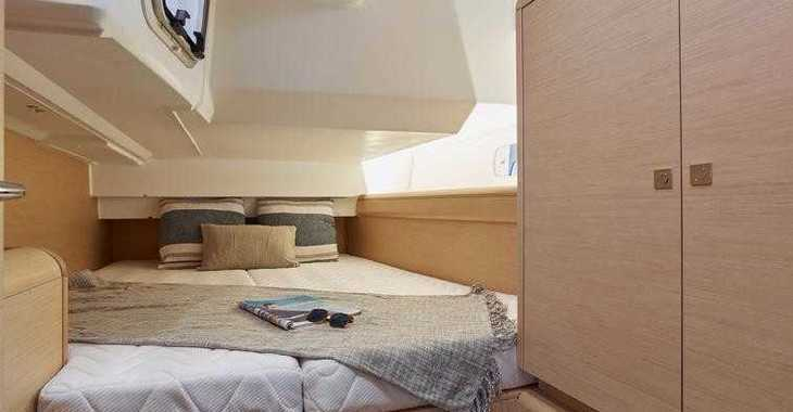 Rent a sailboat in Marina Port Royale - Sun Odyssey 449