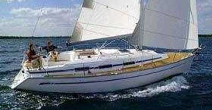 Rent a sailboat in Marina Skiathos  - Bavaria 32