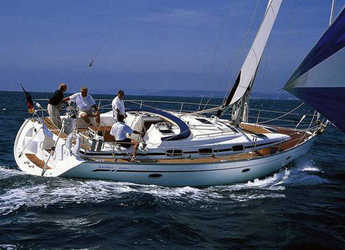 Rent a sailboat in Marina Skiathos  - Bavaria 42 Cruiser