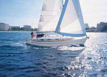 Rent a sailboat in Skiathos  - Bavaria 36