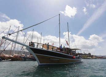 Rent a schooner in Santorini - Gulet Harmonia