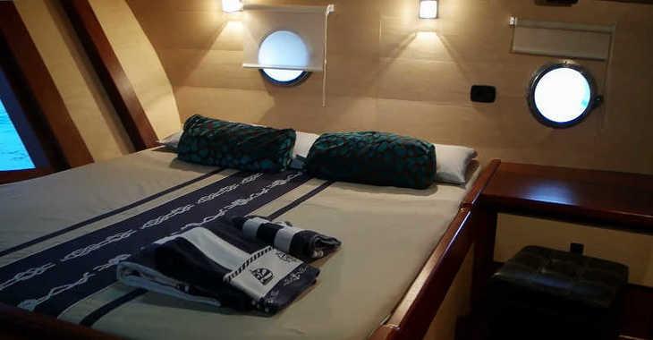 Chartern Sie schoner in Marina di Cannigione - Gulet