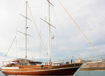 Rent a schooner in Cagliari - Gulet