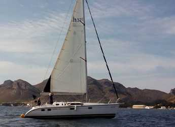Rent a sailboat in Port of Pollensa - Hunter 376