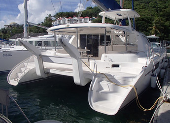 Rent a catamaran in Fort Burt Marina - Leopard 46