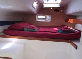 Rent a catamaran Leopard 4700 in True Blue Bay Marina, True Blue