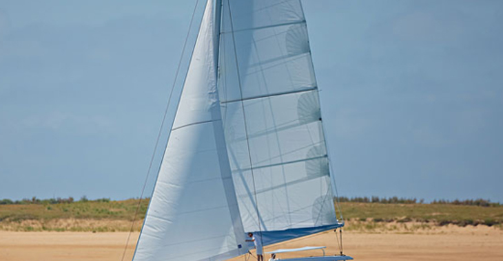 Rent a catamaran Lagoon 421 in Port Louis Marina, Saint George´s