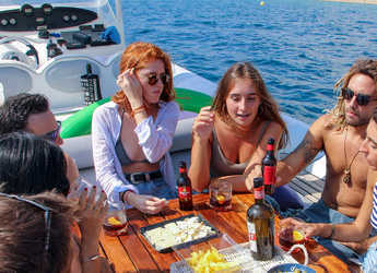 Rent a motorboat Sportech in Port Vell, Barcelona City