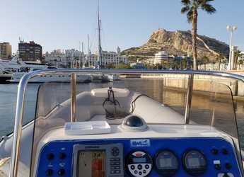 Alquilar neumática BWA 750 en Marina Deportiva Alicante, Alicante