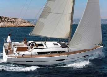 Rent a sailboat in Lefkas Nidri - dufour 410 Grand Large