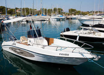 Rent a motorboat in Marina Bonaire - Sport fish 21.50
