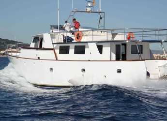 Rent a yacht in Club Nautic Costa Brava - Trawler 60