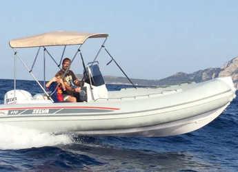 Chartern Sie schlauch-/beiboot in Port d´Alcudia/Port de Alcudiamar Marina - Selva 470